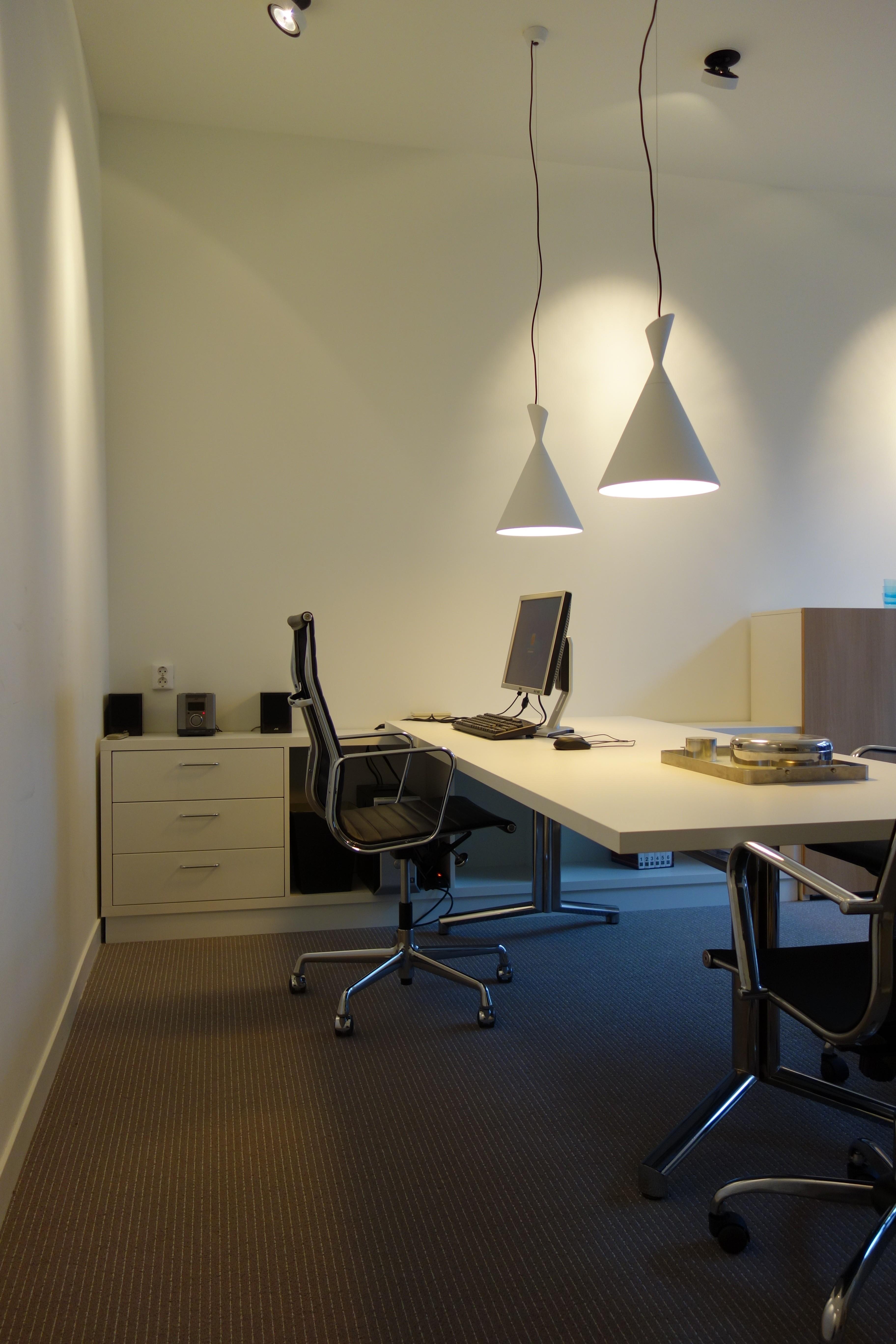 Interieur kantoor architect assseninbedrijf interieur for Kantoor architect
